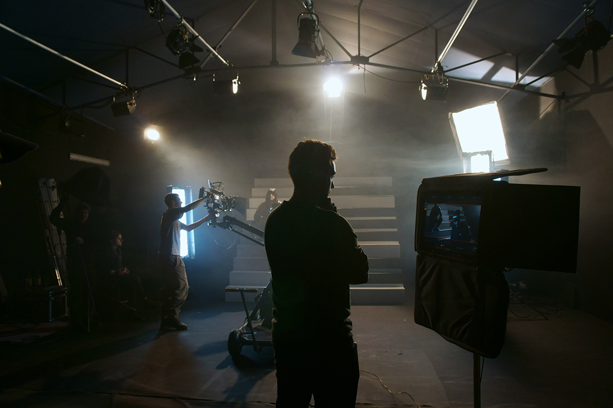 Dark Star Films Agency - tournage Seth Gueko Lino Rubrique Necro - Photographe : Margaux Birch